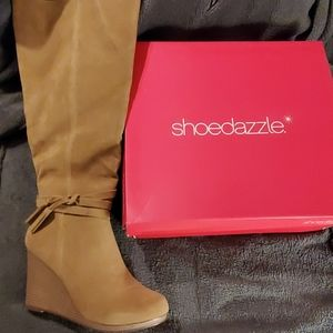 NWT shoedazzle sz11 wedge boots